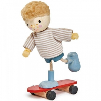 Doll - Edward And Skateboard